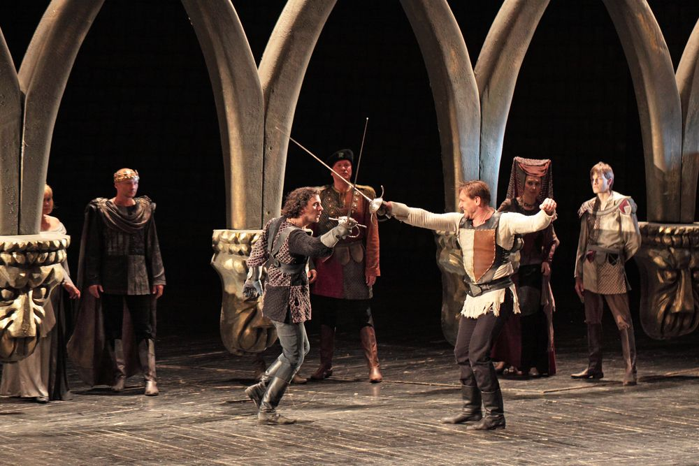 Elizabethan theater \u2013 or more properly, English Renaissance