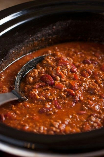 Becky S Chili Recipe Ingredients 1 Lb Laura S Lean Beef 96 4 1 29oz Can Brooks Mild Chili Beans 1 14 5o Favorite Chili Recipe Recipes Slow Cooker Chili