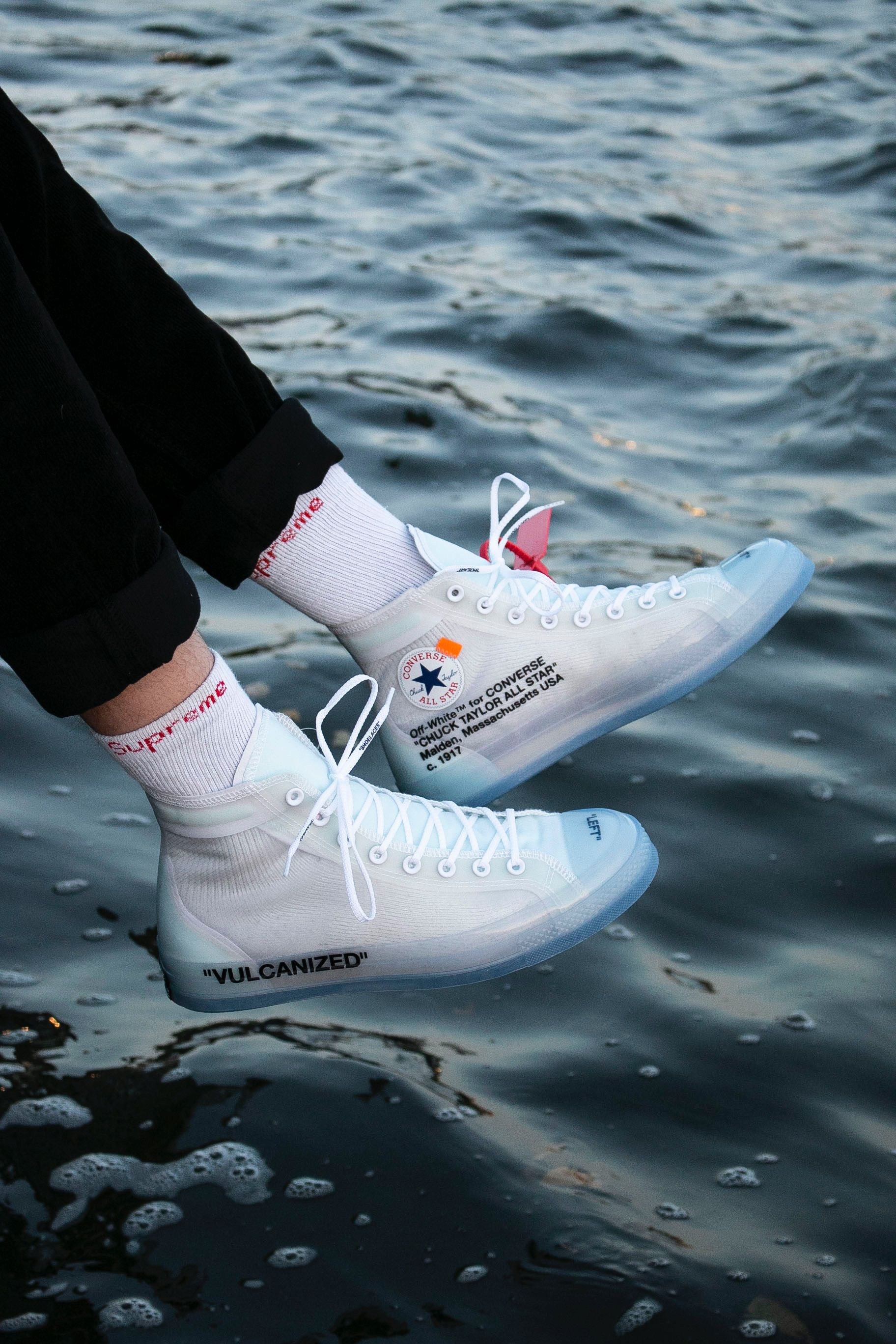 OG Off White x Converse Chuck Taylor on feet