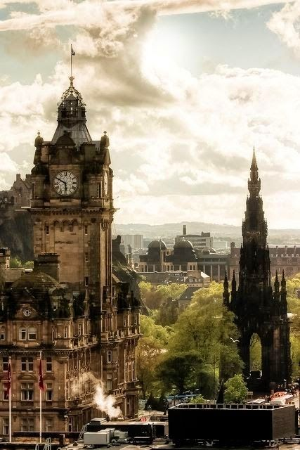 One Of The Most Beautiful Cities In The World Edinburgh Scotland Amazing Architecture