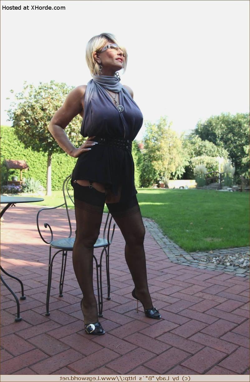 Legsworld Lady B Pics - Tranny Strip Tease