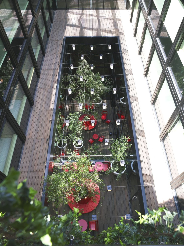 Contemporary-London-Hotel-14