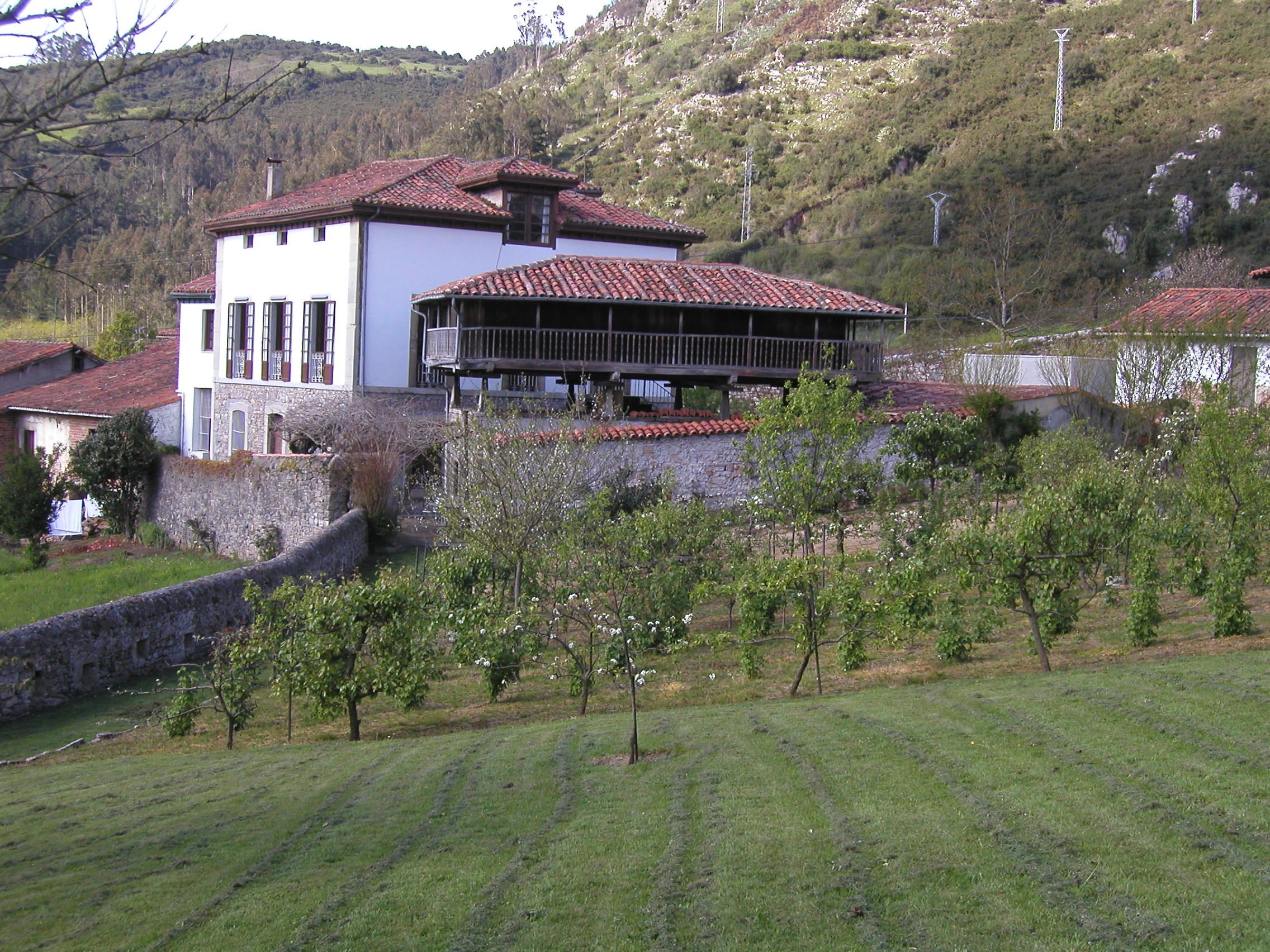San Román de Candamo, Asturias, barrio de El Campo, Casa Celesto.