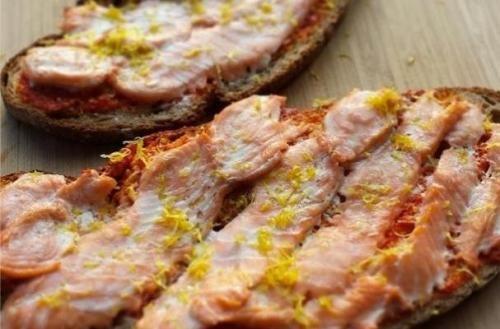 Easy Grilling Recipe: Bruschettone di Salmon...   Easy Grilling Recipe: Bruschettone di Salmon https://t.co/kCMqYVGM1r #foodies #Flipboard #recipes