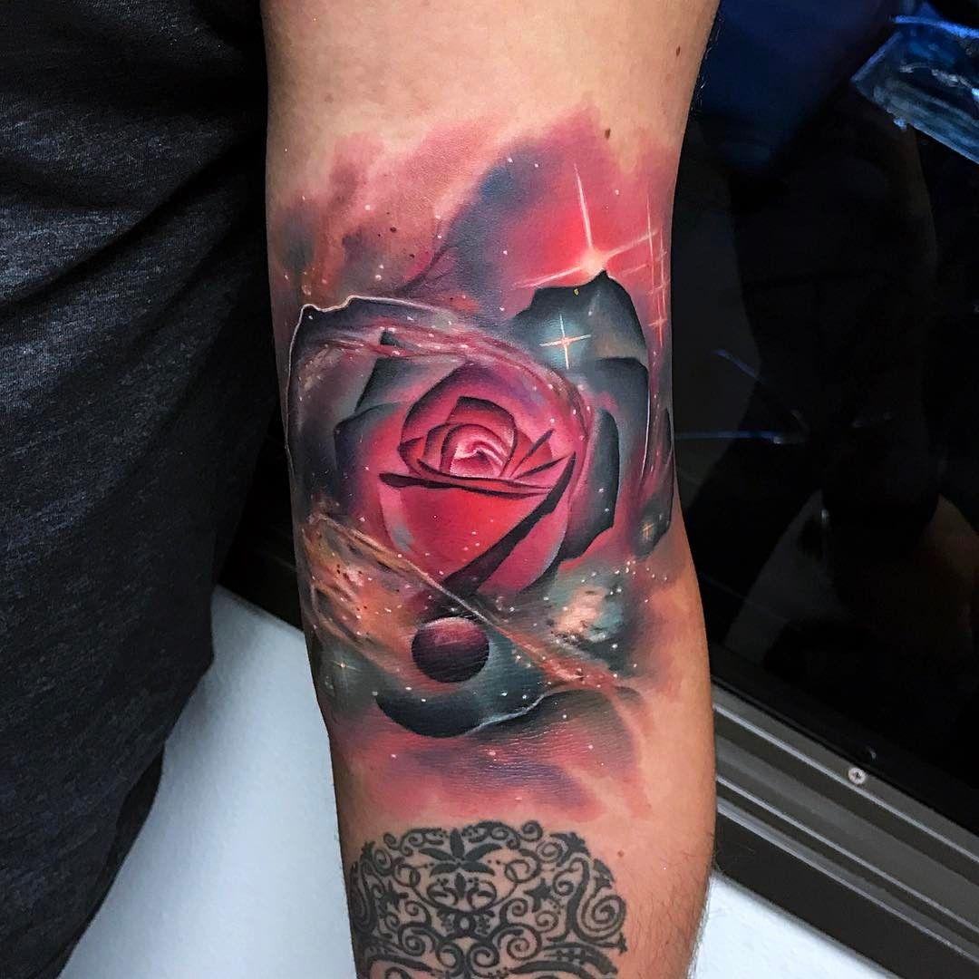 27 Inspiring Rose Tattoos Designs
