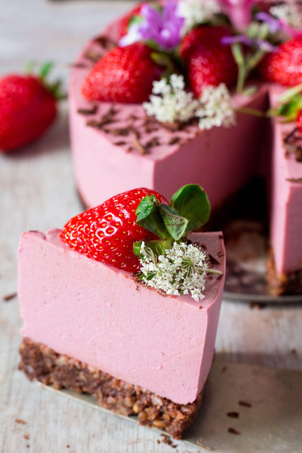 Vegan Strawberry Cheesecake Oil Free