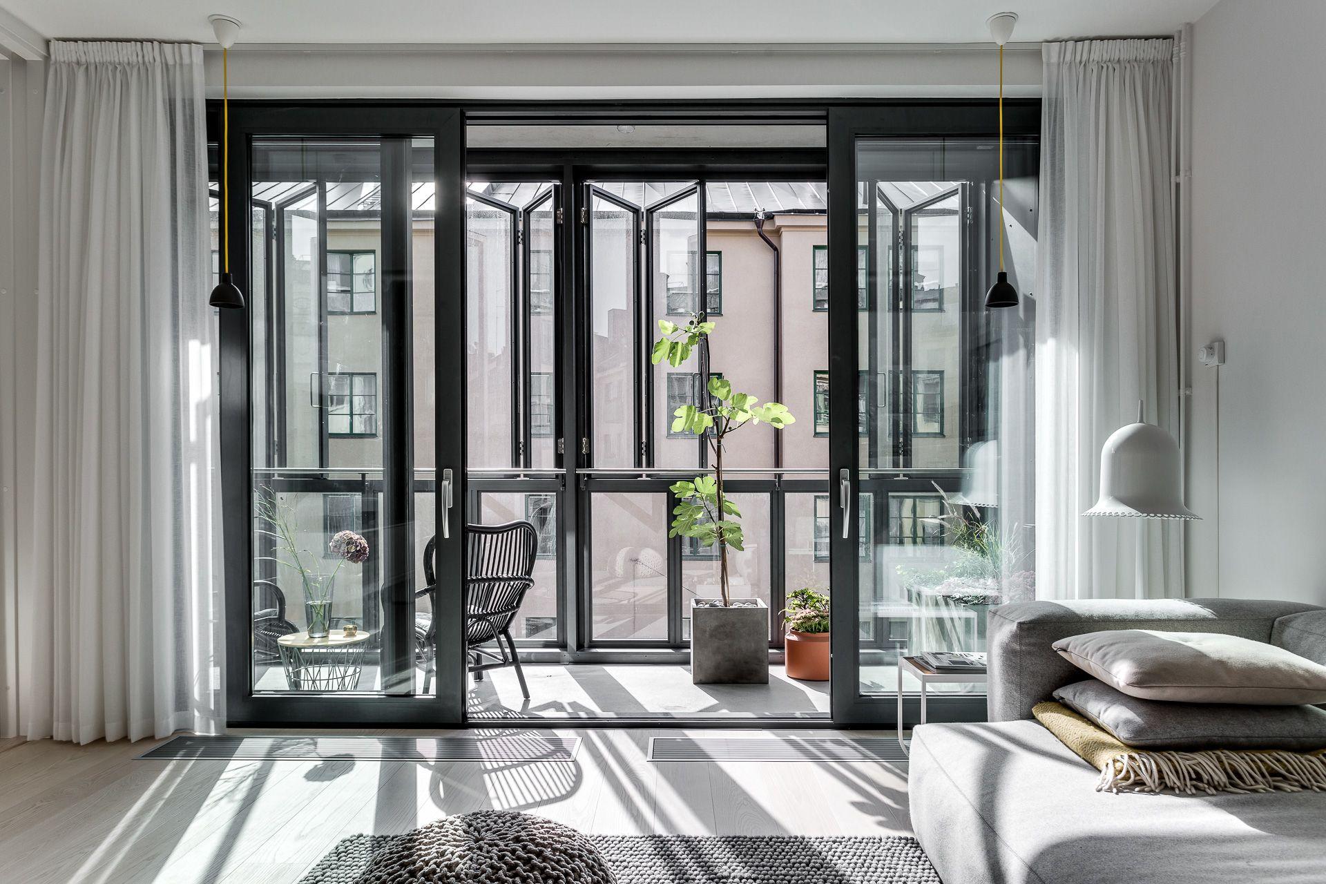 Un Balcon Veranda Lumineux Planete Deco Maison Et Deco