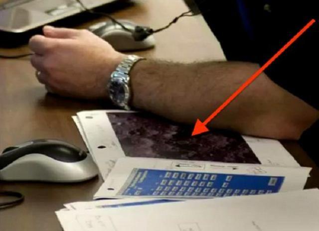 NASA Employee Leaves Top Secret Photos Of Base On Moon On ...