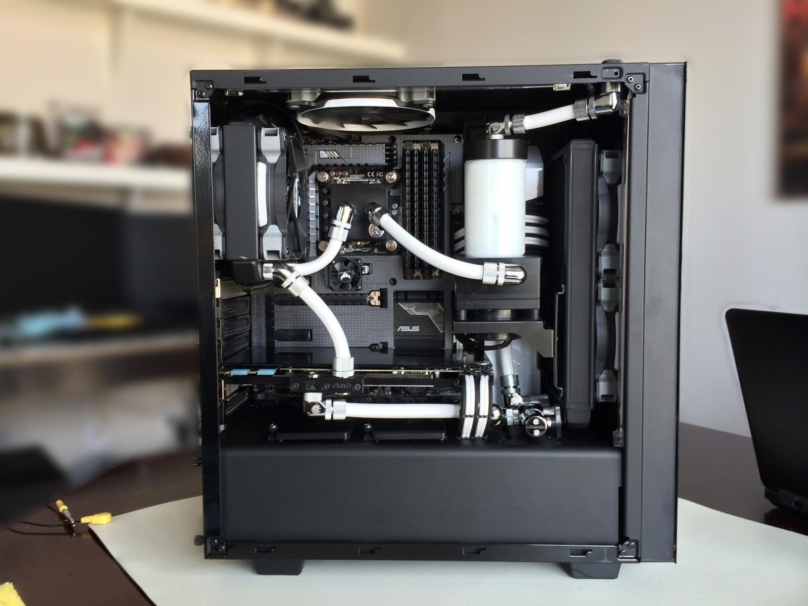 Nzxt S340 Elite Custome Water Cool Loop Gaming Room Setup