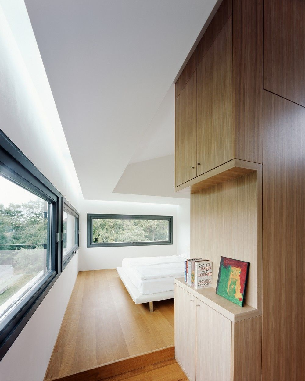 Modern Residence Opening Up to Fantastic Views in Germany: House P