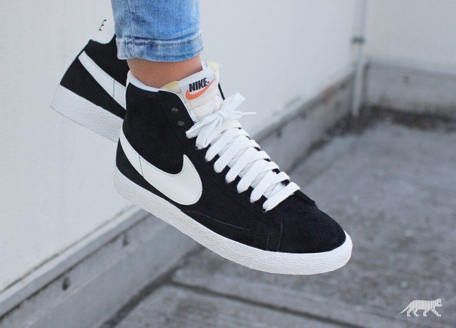 nike wmns blazer mid vntg suede shoes