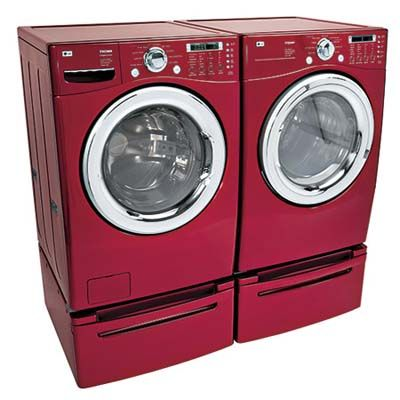 A Steam Generator In Lg S Latest And Largest 7 3 Cubic Foot Capacity Dryer Helps Rid Cotton Shir Washer And Dryer Sizes New Washer And Dryer Green Remodeling