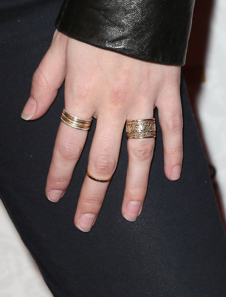 Anna Kendrick gold-ring | Jewelry | Pinterest | Anna kendrick, Gold ...