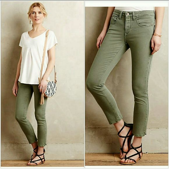 """ANTHRO Pilcro Jeans Great used military or sage green color ( not as green as stock photo) stretchy Jeans, crop style inseam 28"""" waist 15"""" Anthropologie Jeans Ankle & Cropped"""