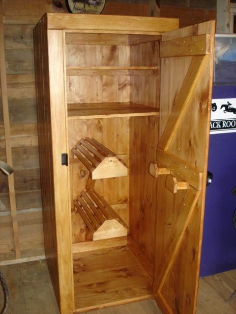 Only with one saddle rack. | Tack locker, Tack trunk