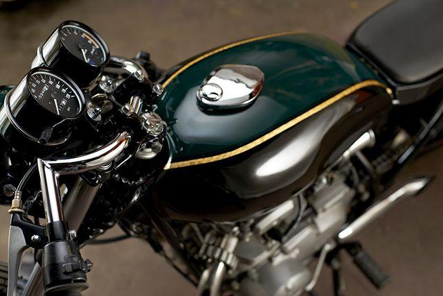 Pin By Liviu Antonescu On Cafe Racer Custom Bikes Kawasaki Motorcycles Custom Motorcycle Shop Kawasaki
