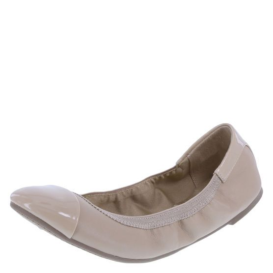 When You Re On The Move The Women S Claire Scrunch Flat Should Be On Your Feet This Shoe From Dexflex Comfort Gives You The Flexibility Flats Teacher Shoes Comfortable Flats