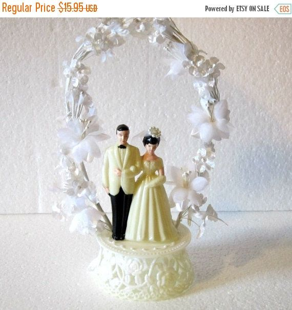 ON SALE Cake topper  vintage bride and groom cake topper organza like flowers vintage bride and groom cake topper timelesspeony (12.76 USD) by Timelesspeony