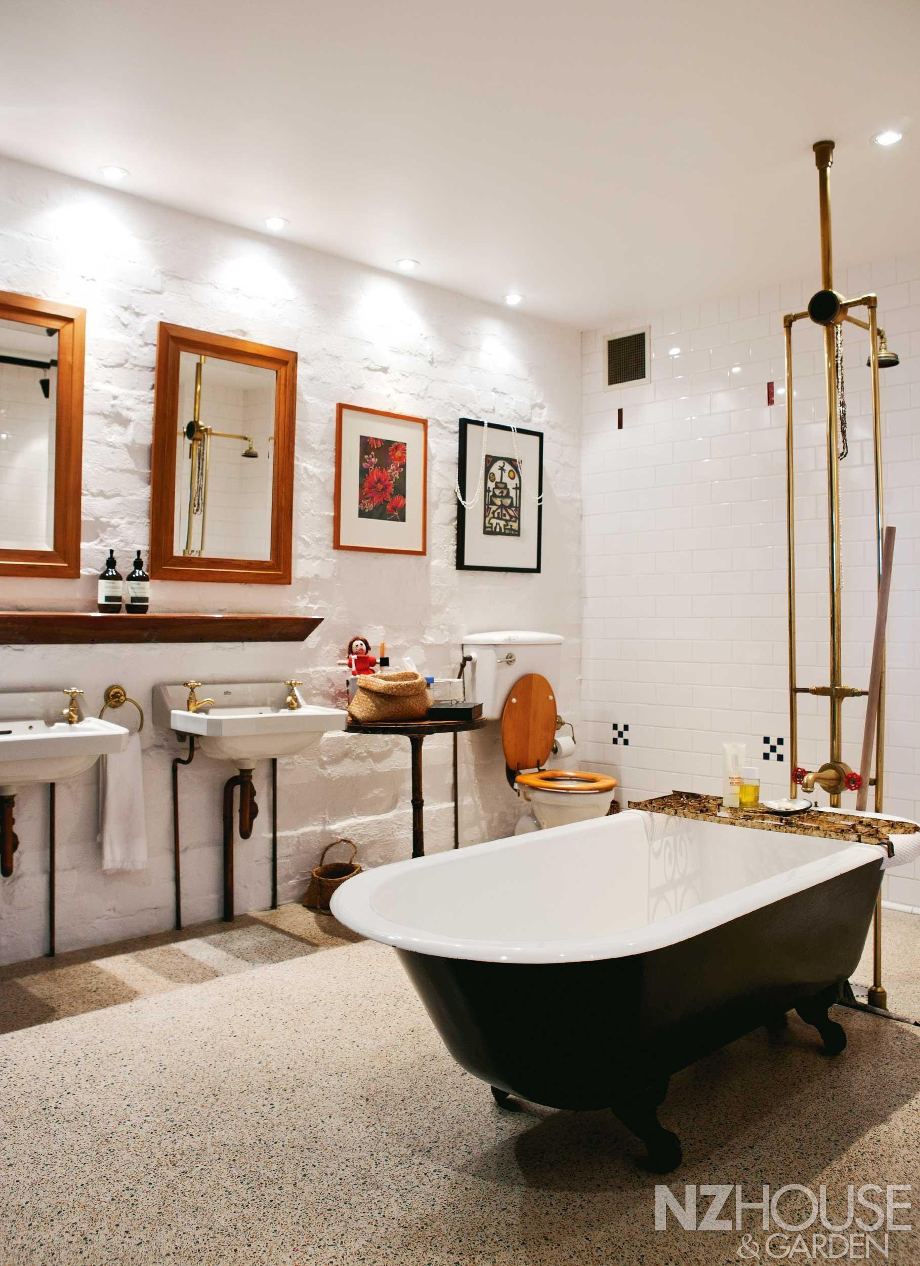 Trad Bathroom 4 Traditional Bathroom Retro Bathrooms House