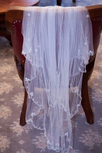 Wedding Veil (Alfred Angelo)  http://jgrahamphotography.com/