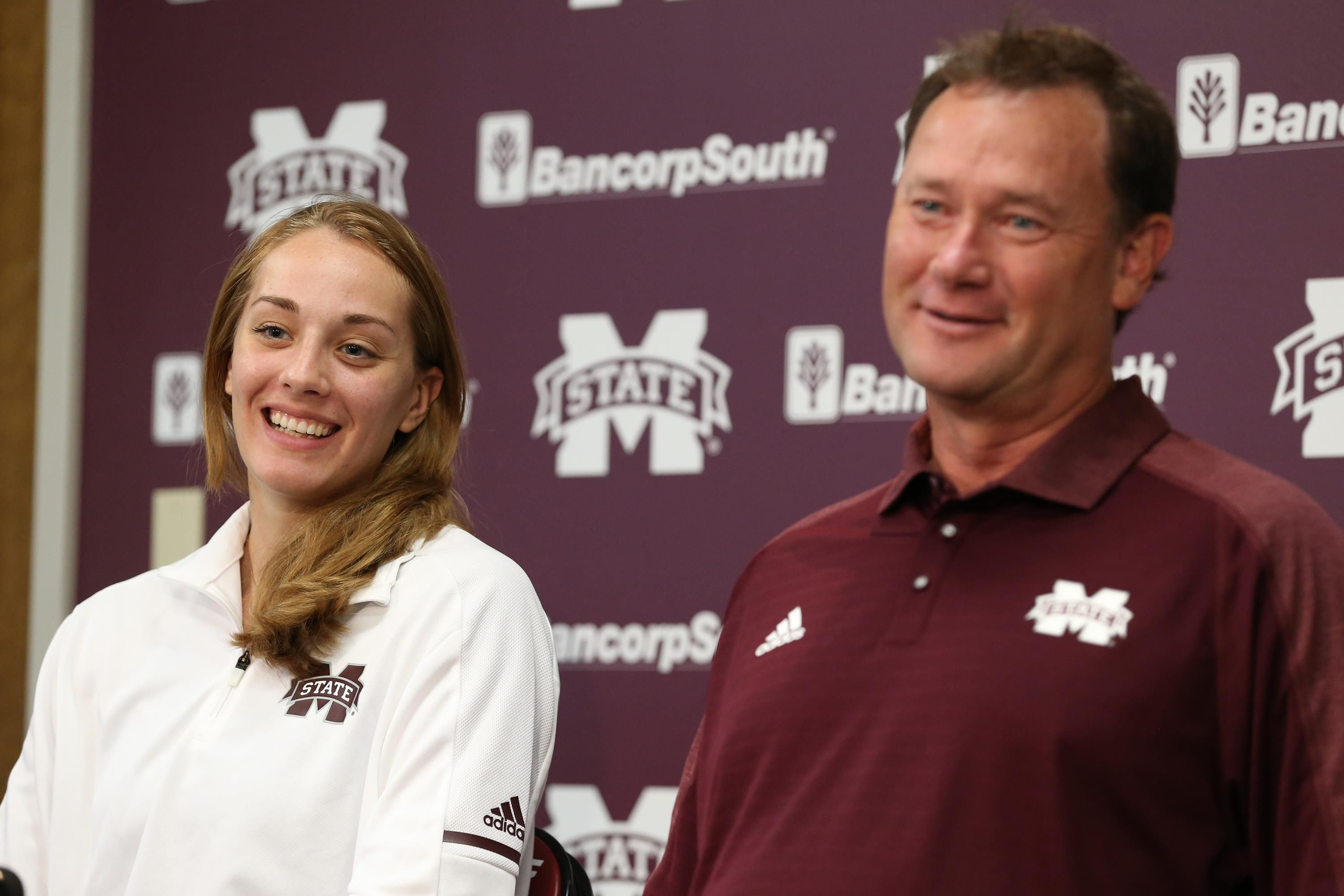 Msu Volleyball Holds 2017 Media Day Volleyball News Volleyball Mississippi State