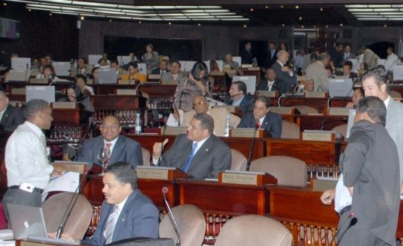 Los Diputados Aprueban Contrato Construir Dos Plantas A Carbón