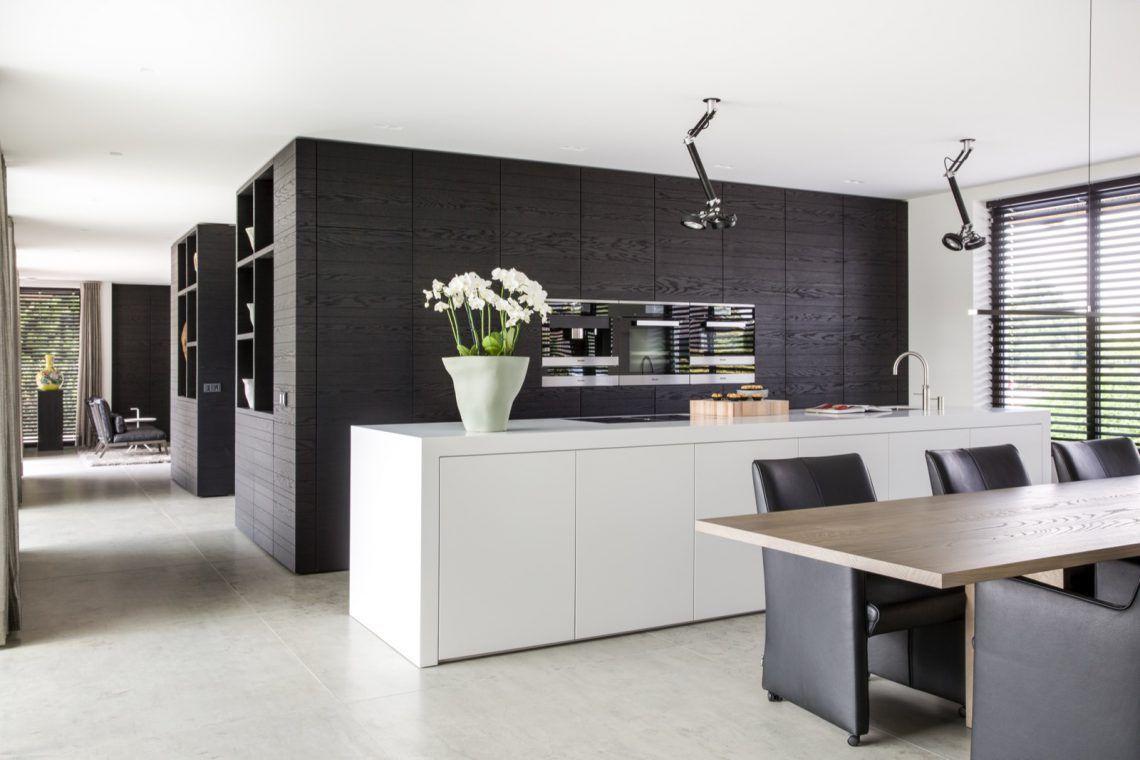 Strakk woonhuis met luxe interieur hoog □ exclusieve woon en