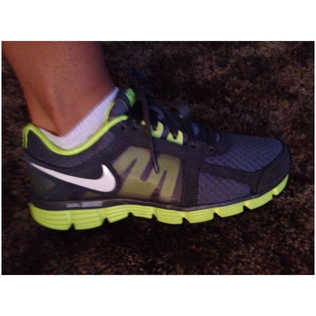 Excremento Quien De tormenta  Nike Dual Fusion ST2   Nike, Nike shoes, Me too shoes