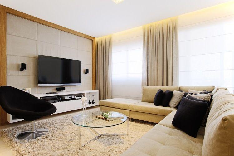 gemütliches Wohnzimmer in Beige mit schwarzen Akzenten apartment