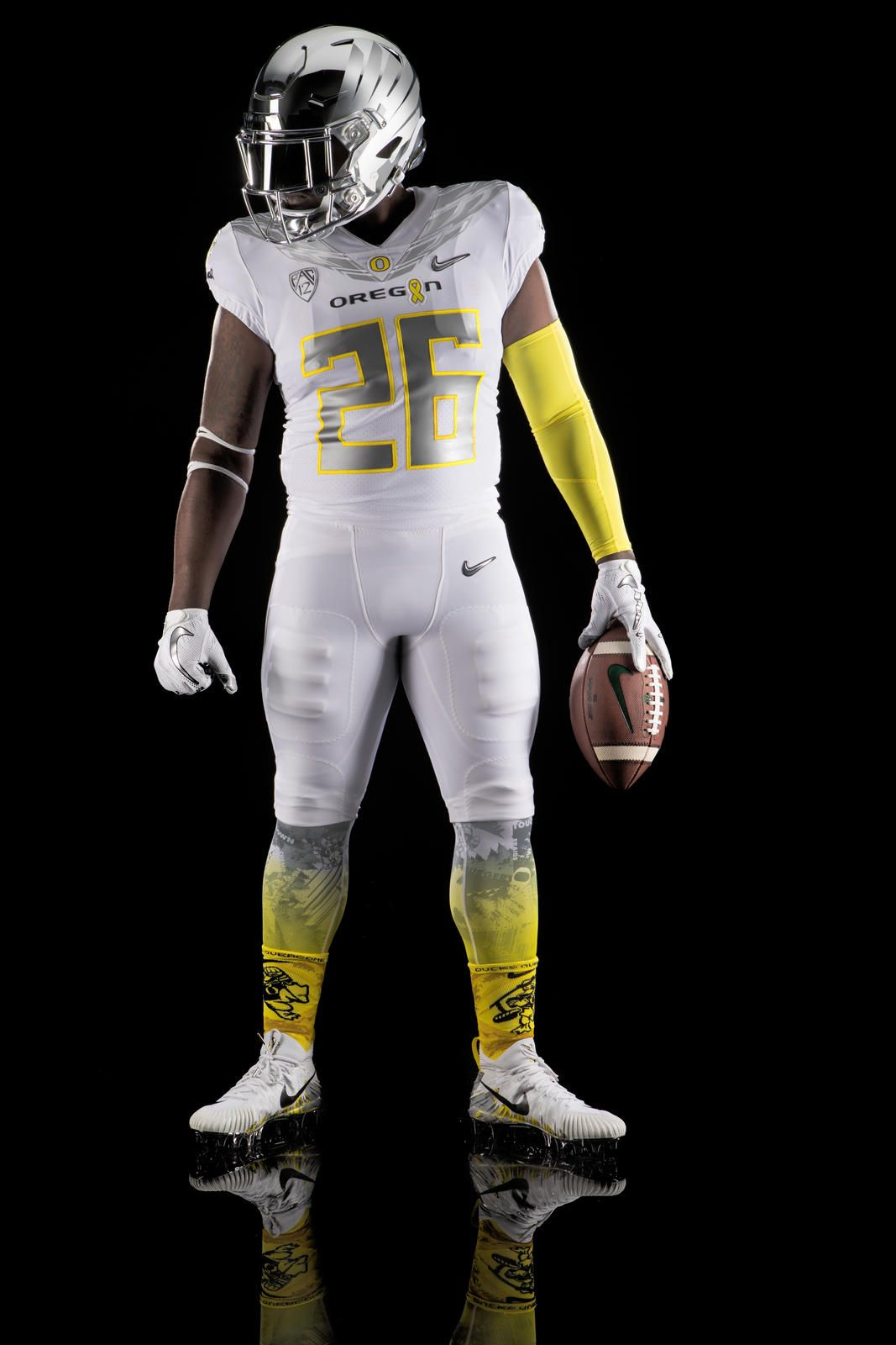 A First Look At Oregon S Most Important Uniform College Football Uniforms Football Uniforms Oregon Football