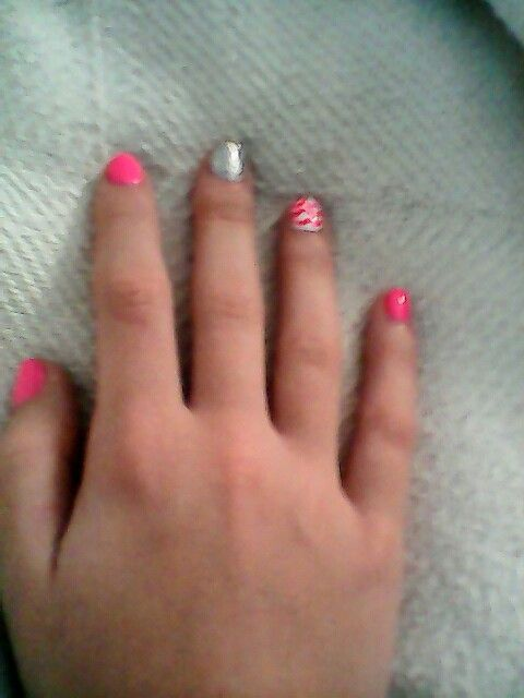 Chevron Nail And Pink And Silver On A 10 Year Old Cute Nail Design