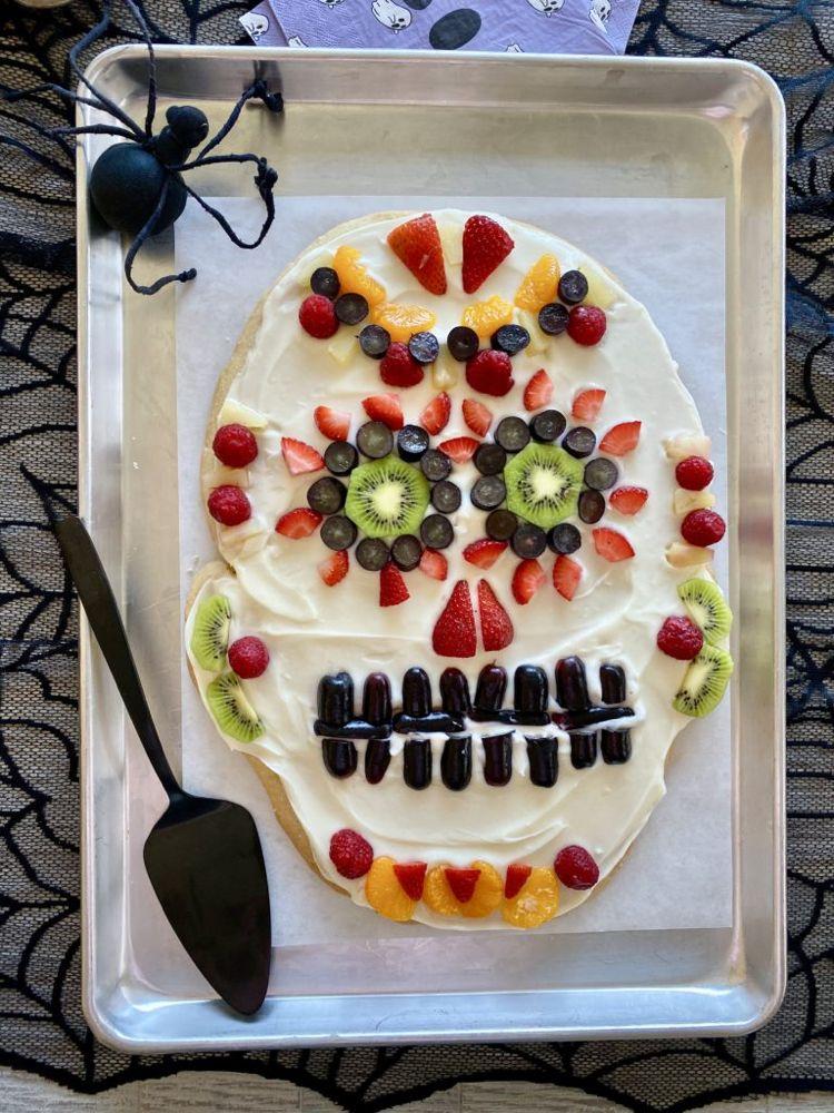 Halloween Sugar Cookie Skull #halloweensugarcookies