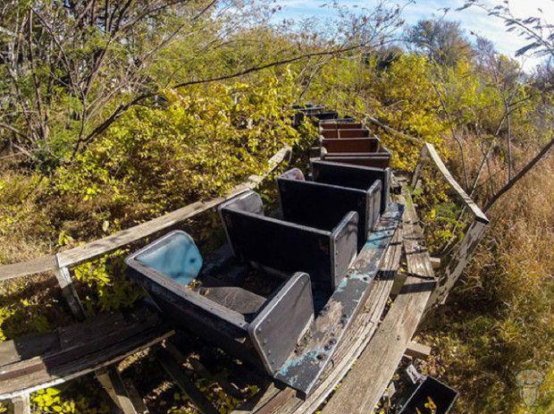 abandoned-amusement-parks-19
