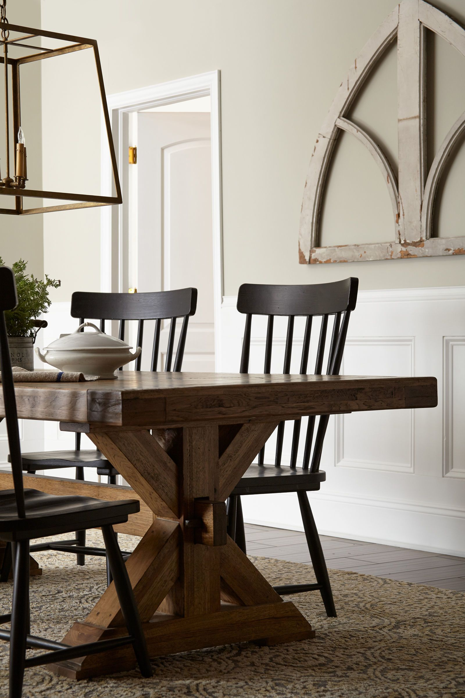Joanna Gaines Reveals Her 5 Favorite Paint Colors Joanna Gaines Dining Room Dining Room Paint Joanna Gaines Living Room