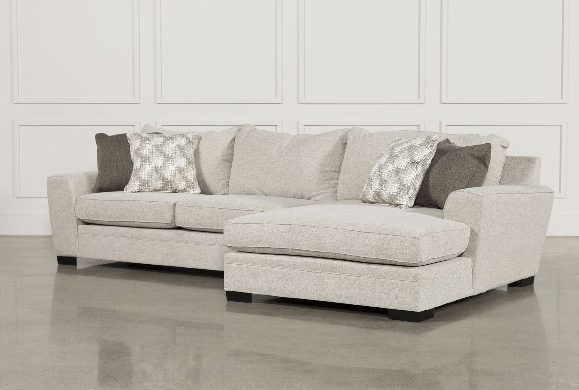 Meyer 3 Piece Sectional W Raf Chaise
