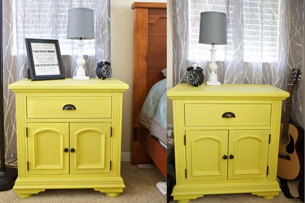 chalk paint english yellow | Furniture DIY | Pinterest | Master ...