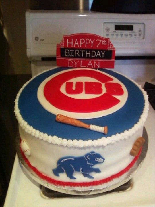 Pleasant Chicago Cubs By Dulcis Cakes With Images Chicago Cubs Cake Funny Birthday Cards Online Ioscodamsfinfo