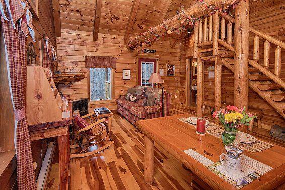 Log Stairs In Lovers Loft Luxury Hocking Hills Cabin Cabin Hot Tub Cabin Hocking Hills Ohio Cabins