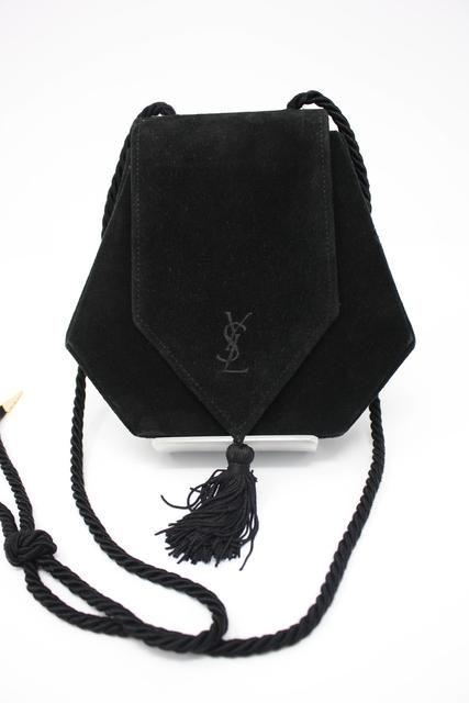 Pin On Vintage Designer Womens Handbags