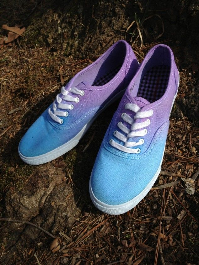 Diy Ombre Canvas Shoes 20 Diy Makeover Sneakers Ideas Diy Shoes Shoe Makeover Diy Sneakers
