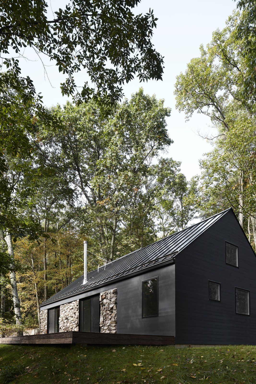 A Minimalist Retreat Rises From Old Stone Walls In Hudson Valley In
