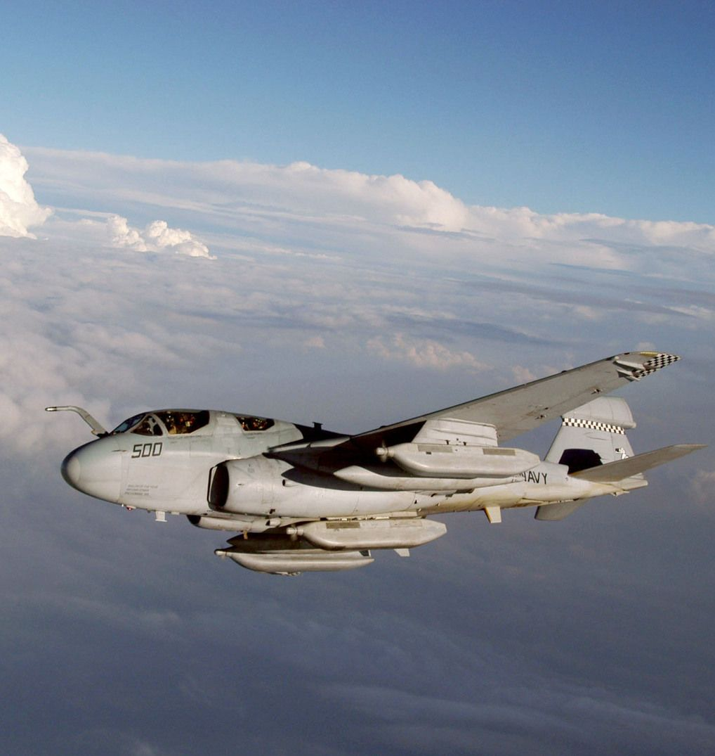 USN Grumman A-6 Intruder (mid-wing all-weather attack aircraft)