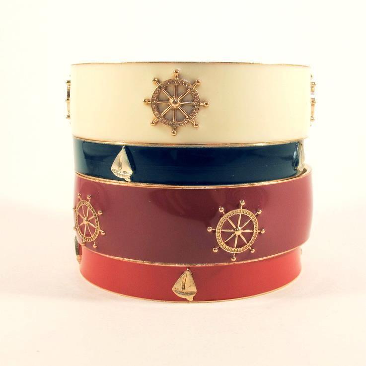 Bracelete Conjunto Navy - http://www.lacosdefilo.com/pd-23cc9-bracelete-conjunto-navy-azul-e-creme.html?locale=pt-br