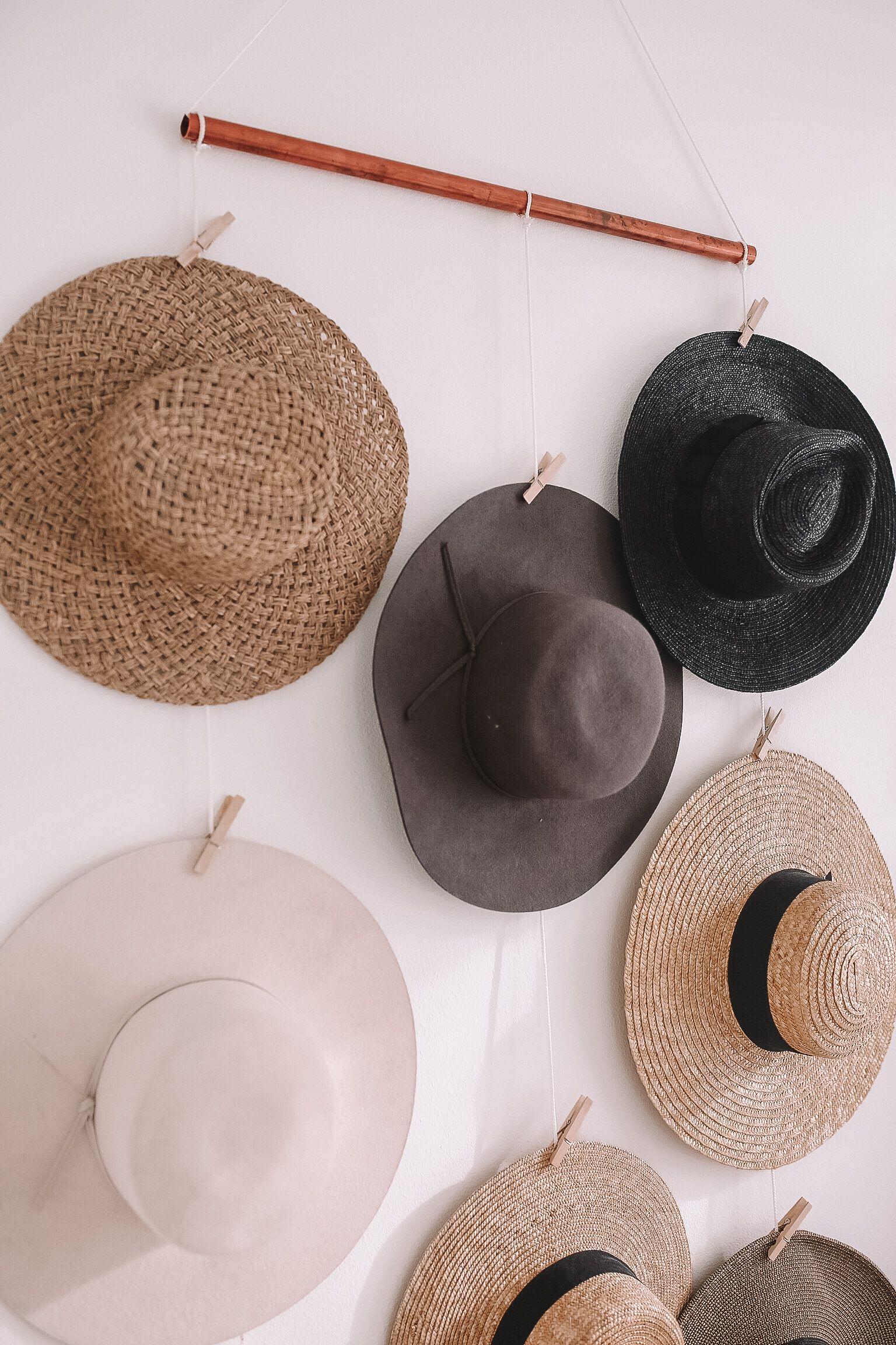 How To Make Hat Wall Display At Home Organize Hats On This Diy Hat Rack Diy Hat Rack Hanging Hats Diy Hat Hanger
