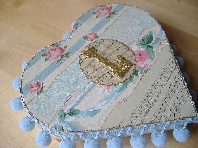 L is for Lizzy or Love ~ Vintage wallpaper Valentine heart box!
