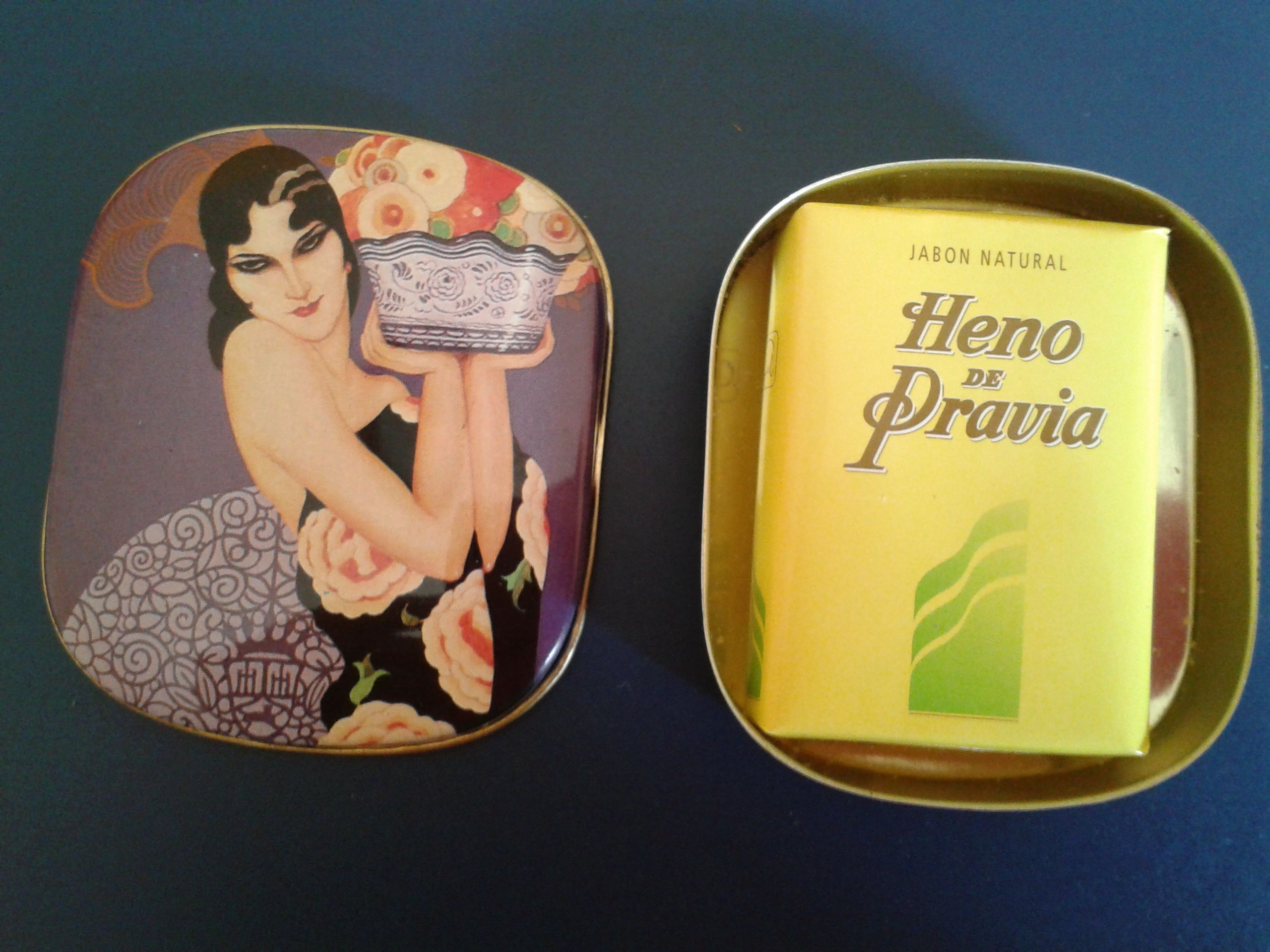 VINTAGE HENO DE PRAVIA SOAP TIN BOX GAL PERFUMERY SPAIN. Disponible en Ebay: http://www.ebay.es/itm/-/122062615927?