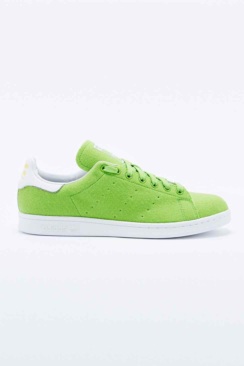 762367782f994 Adidas Originals x Pharrell Williams Stan Smith Trainers in Green ...