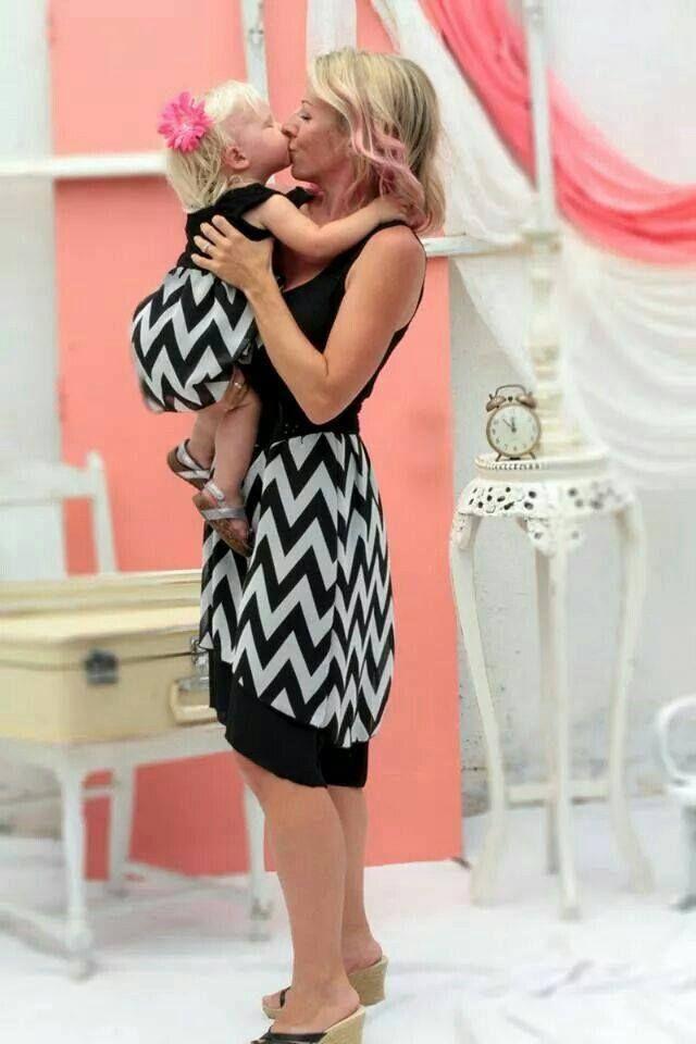 Bonjour tout le monde lorsqu 39 on a une petite fille ou un b b on adore faire des folies et l - Vetement bebe fille fashion ...
