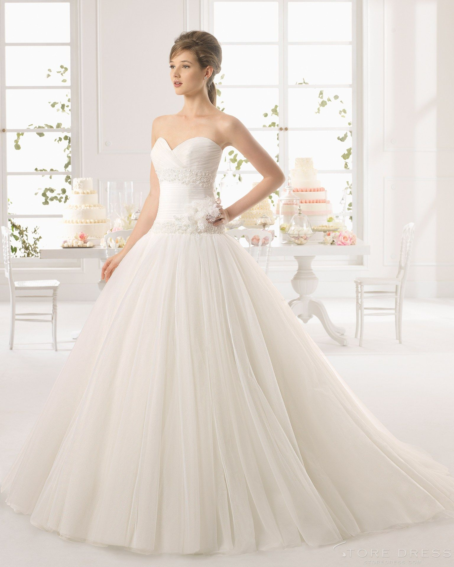 Boutique Ball Gown Sweetheart Chapel Train Ruching Flower Lace Drapped 2015 Wedding Dress