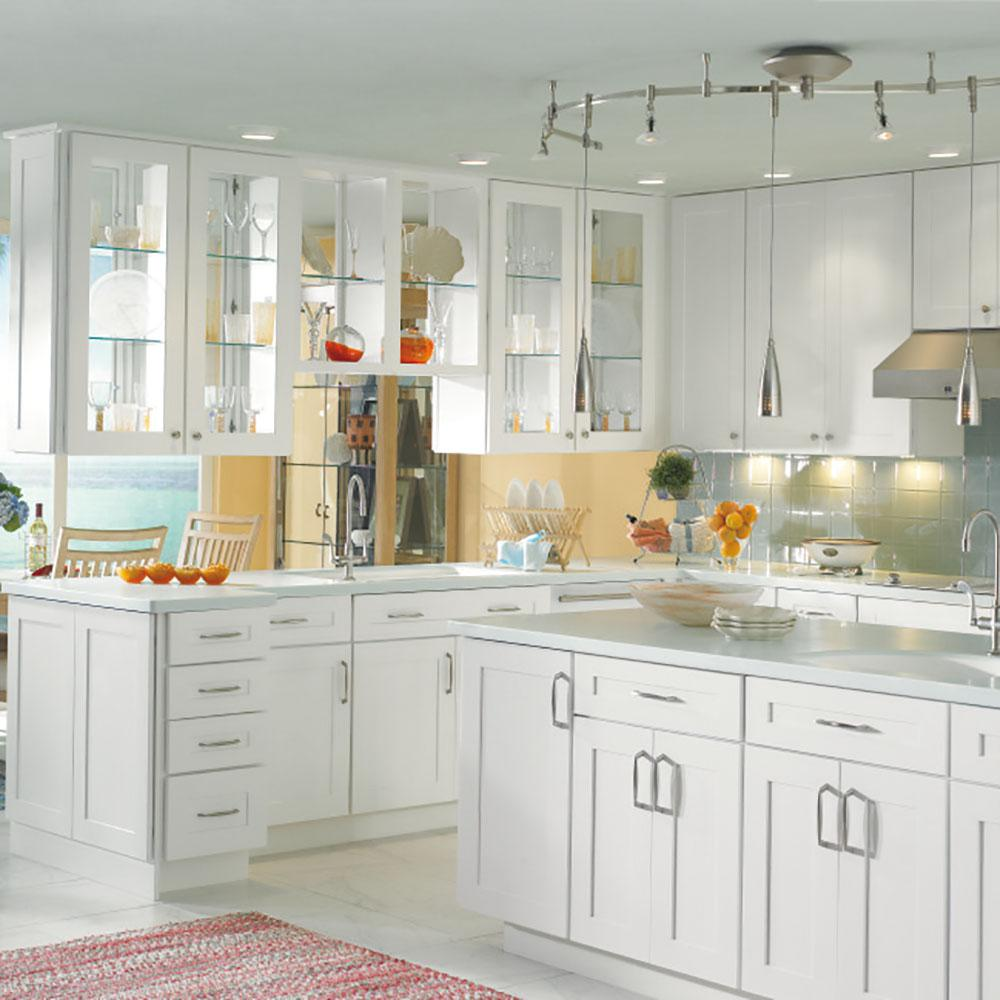Thomasville Classic Custom Kitchen Cabinets Shown In Transitional Style Hdinsttsdh The Home Depot Custom Kitchen Cabinets Kitchen Cabinets Thomasville Kitchen Cabinets